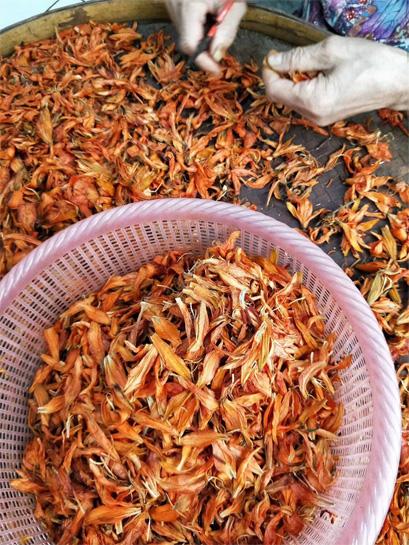Blooming Tea Processing 3