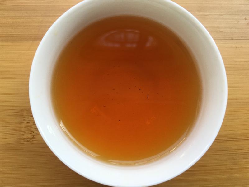 Organic Wuyi Oolong Tea Brewing