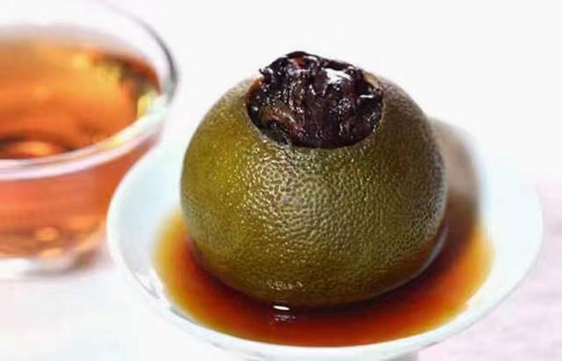 The processing of Tangerine Pu-erh in Xinhui 11